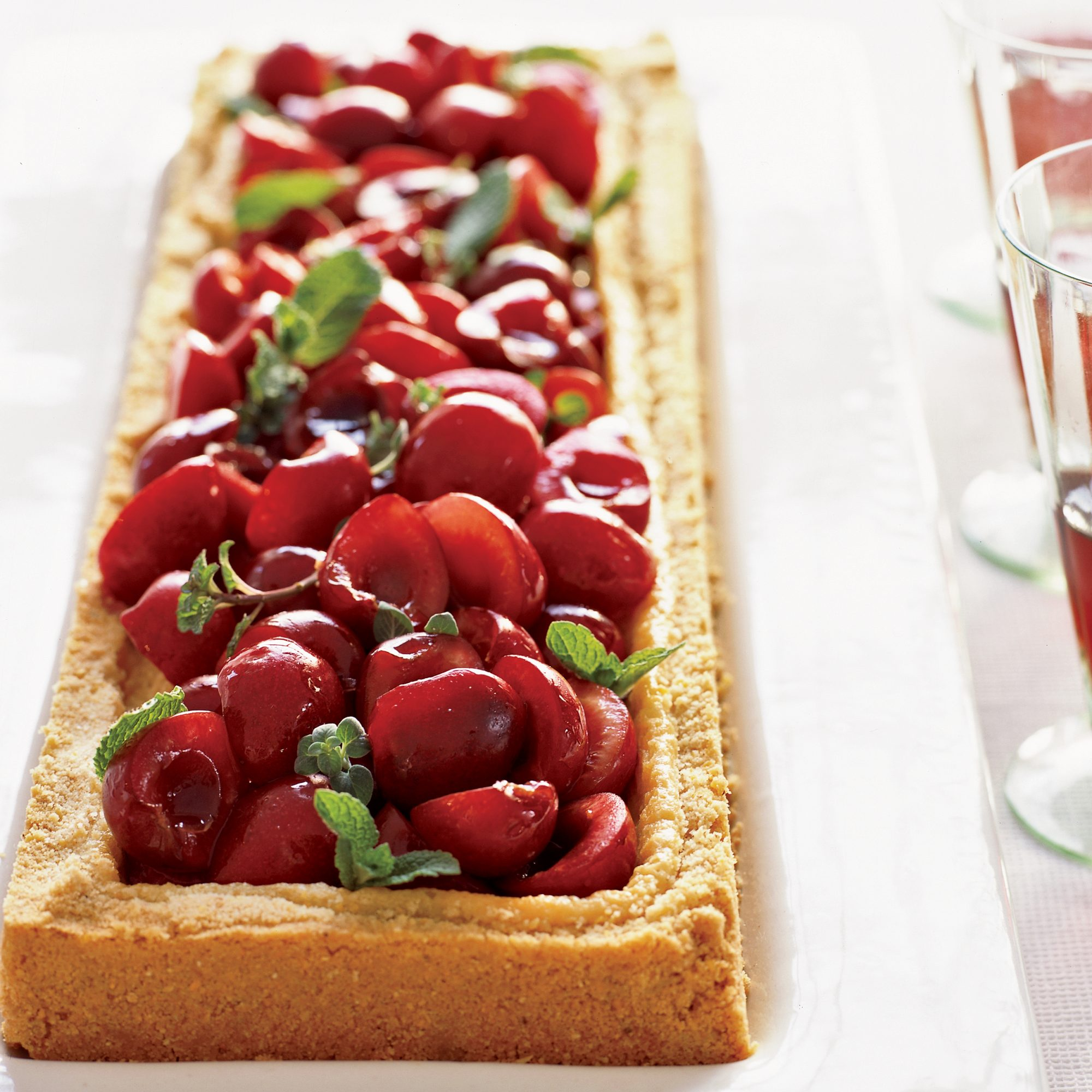 Cherry-Mascarpone Cheese Tart
