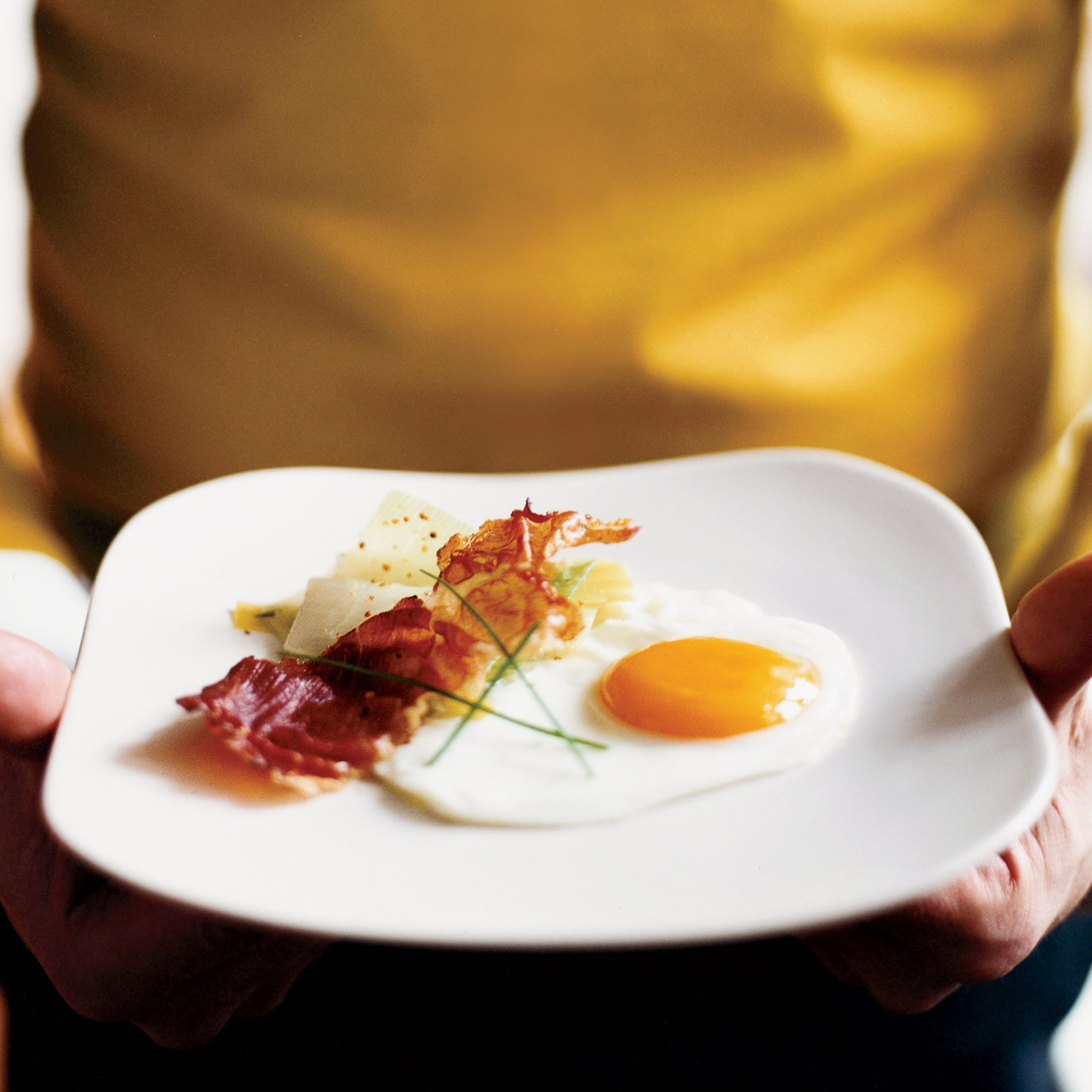 Leeks Vinaigrette with Fried Eggs and Smoked Prosciutto