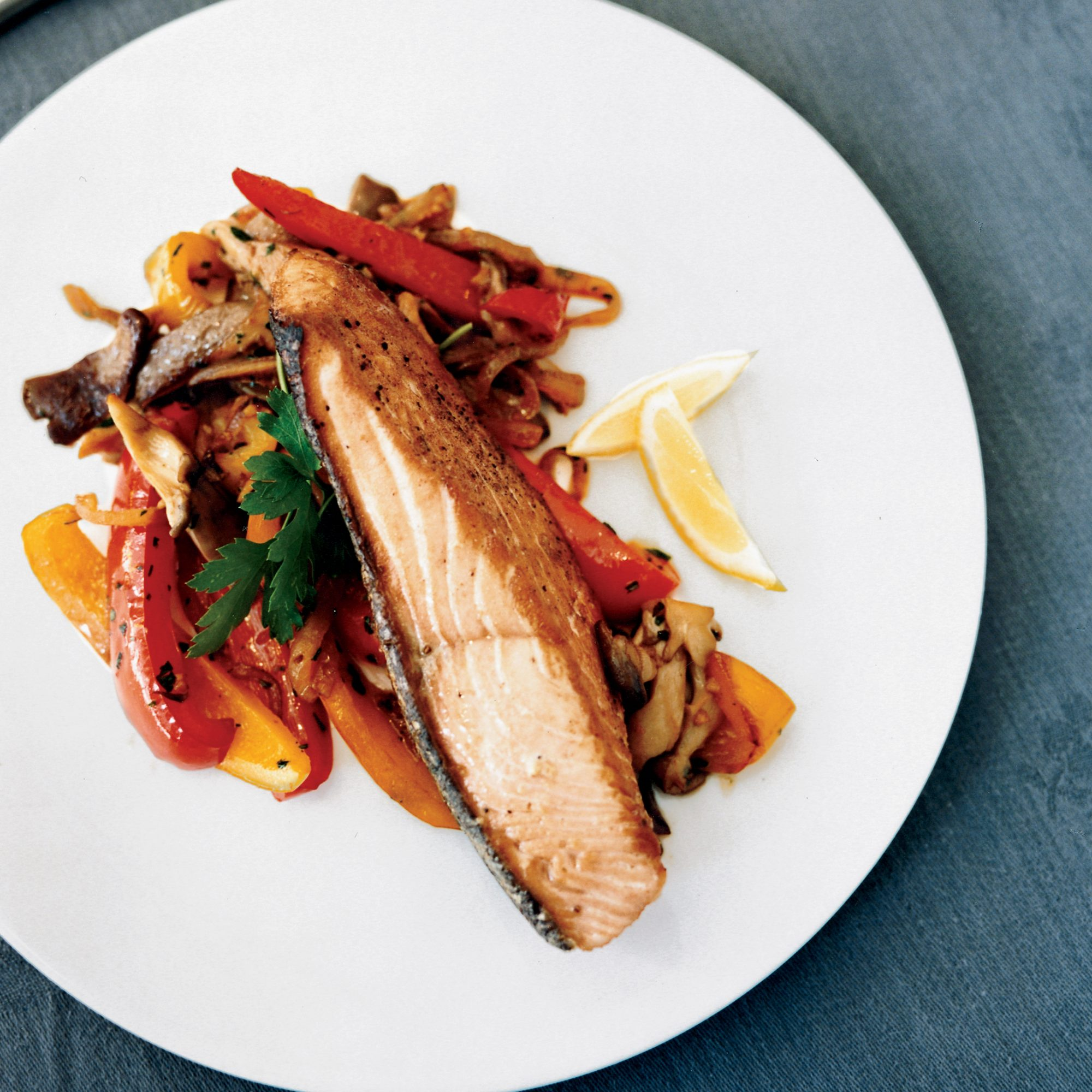 Salmon with Oyster Mushrooms and Peppers