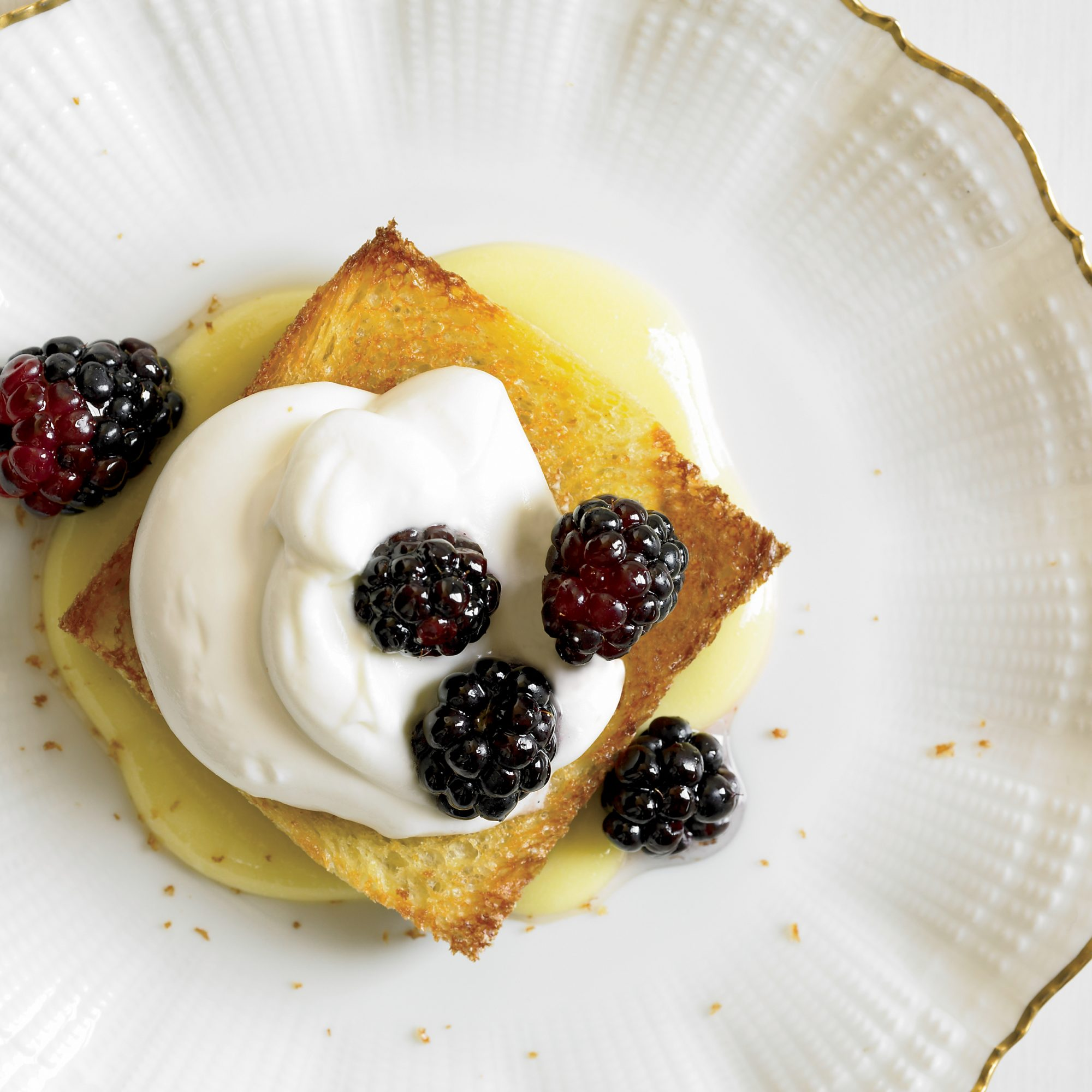 Blackberries with Lemon Cream and Toasted Brioche