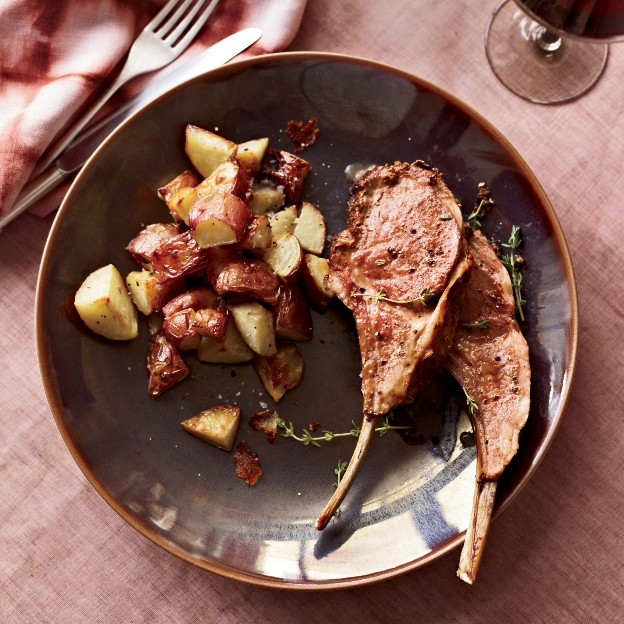 Coriander-Crusted Rack of Lamb with Shallot Jus