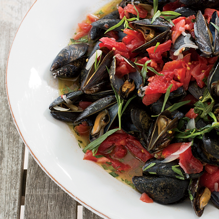 Steamed Mussels with Tarragon