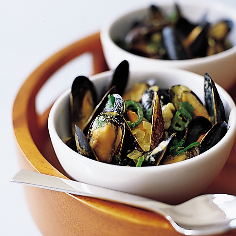 Coconut Curry Mussels