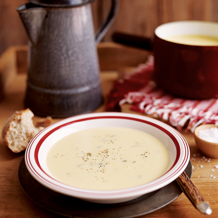 Olathe Corn Soup with Chiles and Manchego