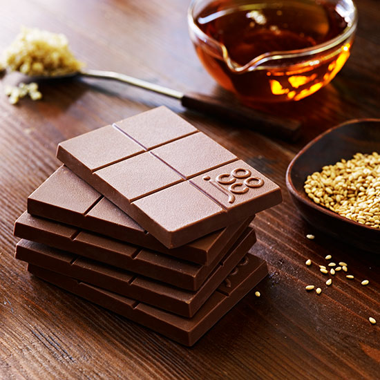 Top 10 Quinoa Products: Jcoco Agave Quinoa Sesame Chocolate Bar