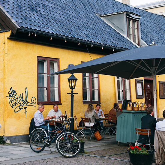 Oslo Photo Tour: Outdoor Dining