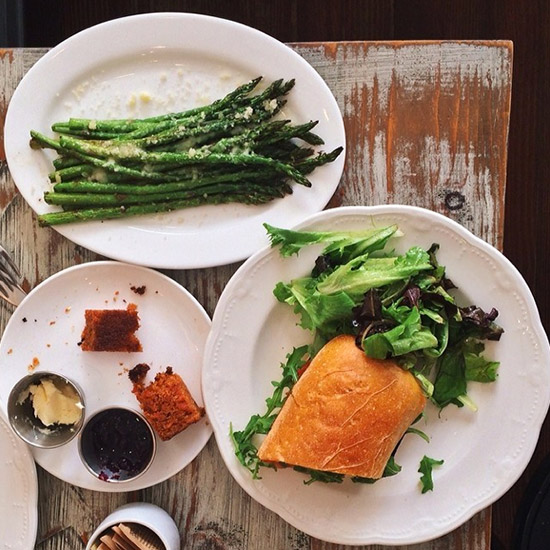 original-201402-HD-fw-eats-asparagus.jpg