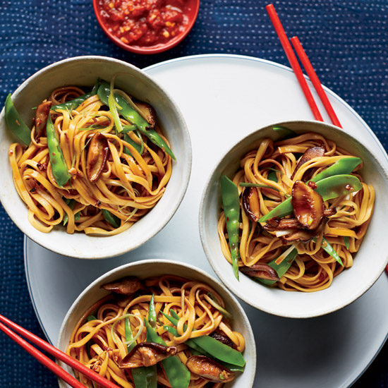 Lo Mein with Mushrooms and Snow Peas