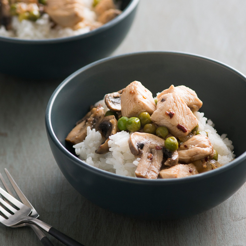 Lemon Chicken Stir-Fry with Mushrooms