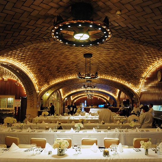 original-201409-HD-6-beautifully-renovated-iconic-restaurants.jpg