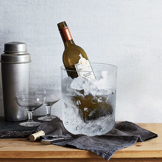original-201410-HD-how-to-chill-a-bottle-of-wine.jpg
