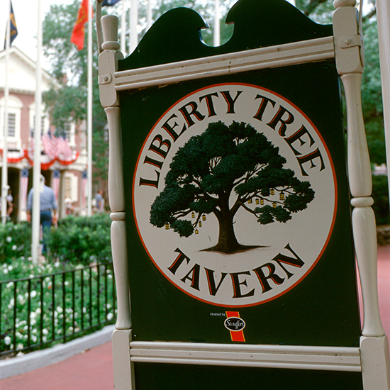 Disney World Dining: Liberty Tree Tavern