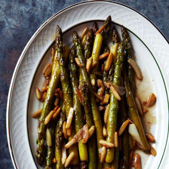 Asparagus with Toasted Almonds and Garlic