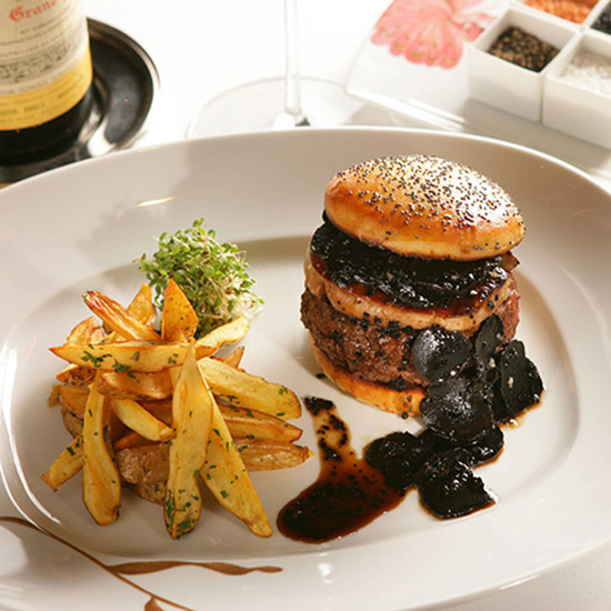 original-201411-HD-most-wanted-dishes-fleur-burger.jpg