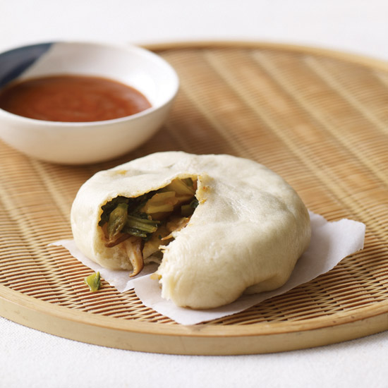 HD-201108-r-asian-steamed-bun.jpg