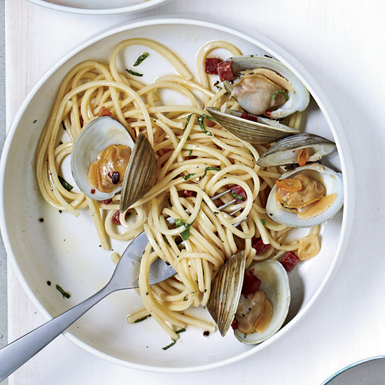 Spicy Tonnarelli with Clams. Photo © John Kernick