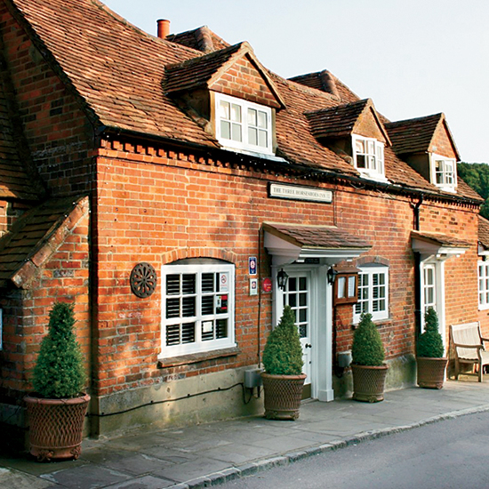 English Country Inns: Three Horseshoes Country Inn