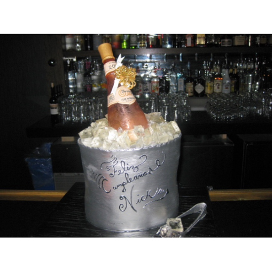 Celebrity Cakes: Champagne Ice Bucket