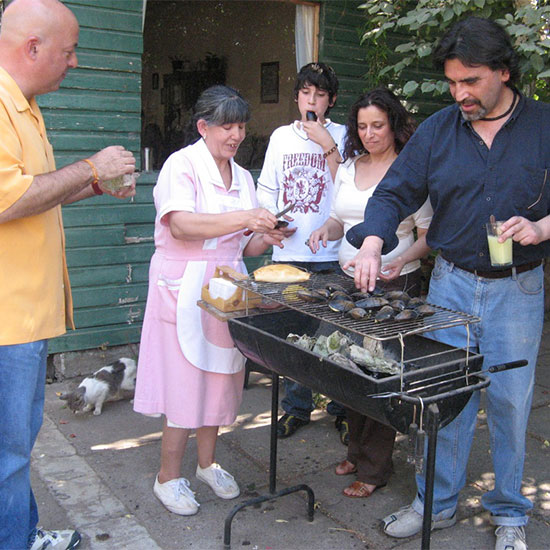 Andrew Zimmern's Family Meals: Chile