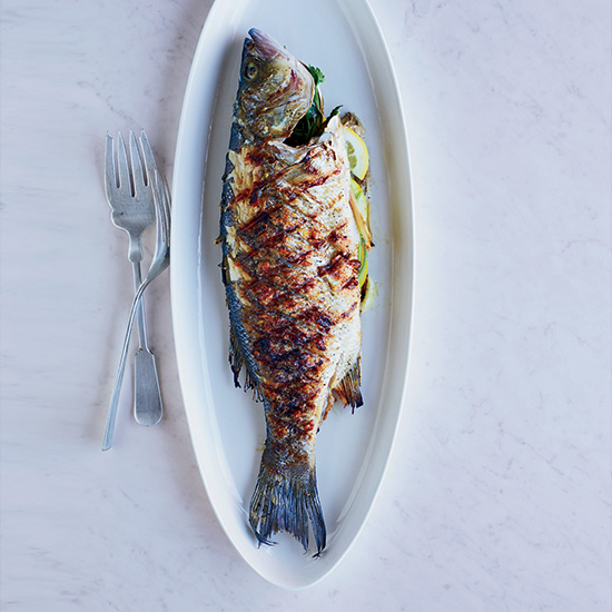 HD-201310-r-grilled-whole-fish.jpg