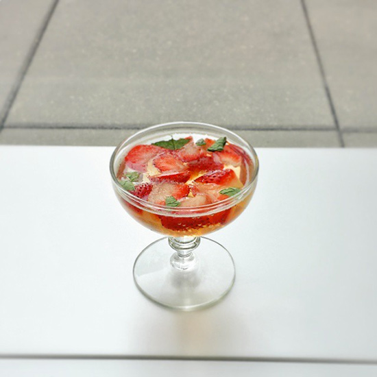 Prosecco Gelee with Strawberries