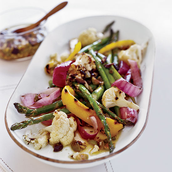 Grilled vegetables with Garlicky Olivada