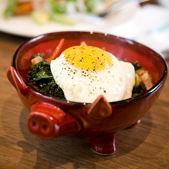 original-201503-HD-most-wanted-dishes-fried-pigs-ears-purple-pig.jpg