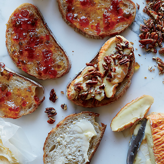 Époisses Grilled Cheese and Pepper Jelly Sandwiches