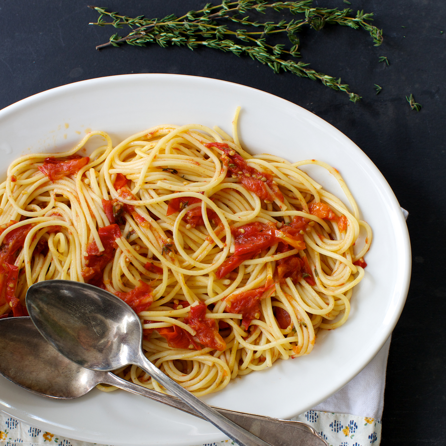 Spaghetti with Quick-Roasted Tomato Sauce with Balsamic Vinegar