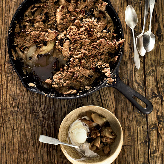 Skillet-Baked Pear-and-Apple Crisp.
