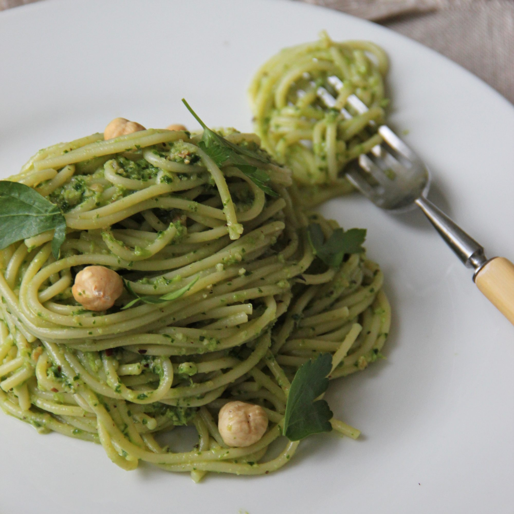 Parsley-Hazelnut Pesto with Spaghetti
