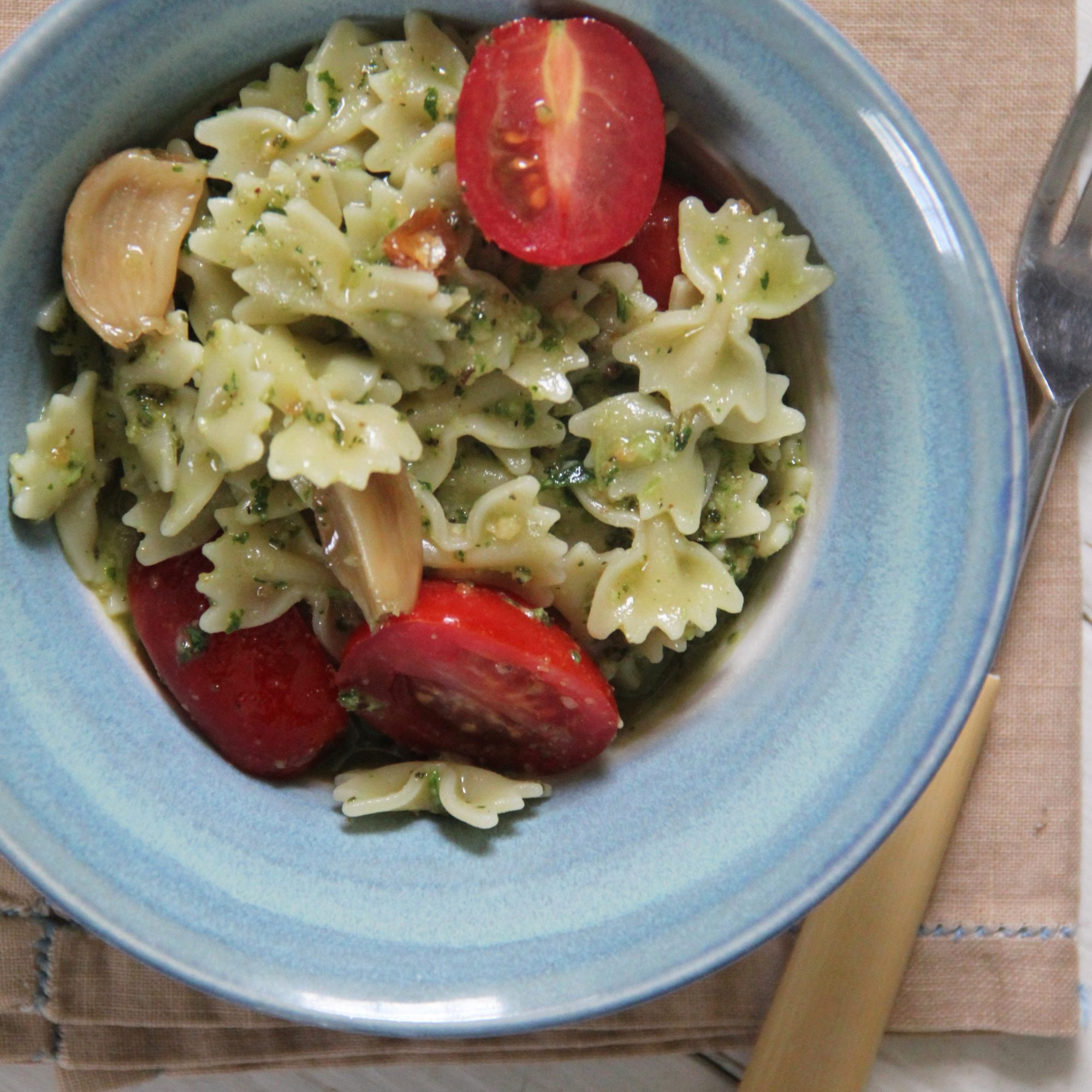 Farfalle with Roasted Garlic Pesto and Cherry Tomatoes