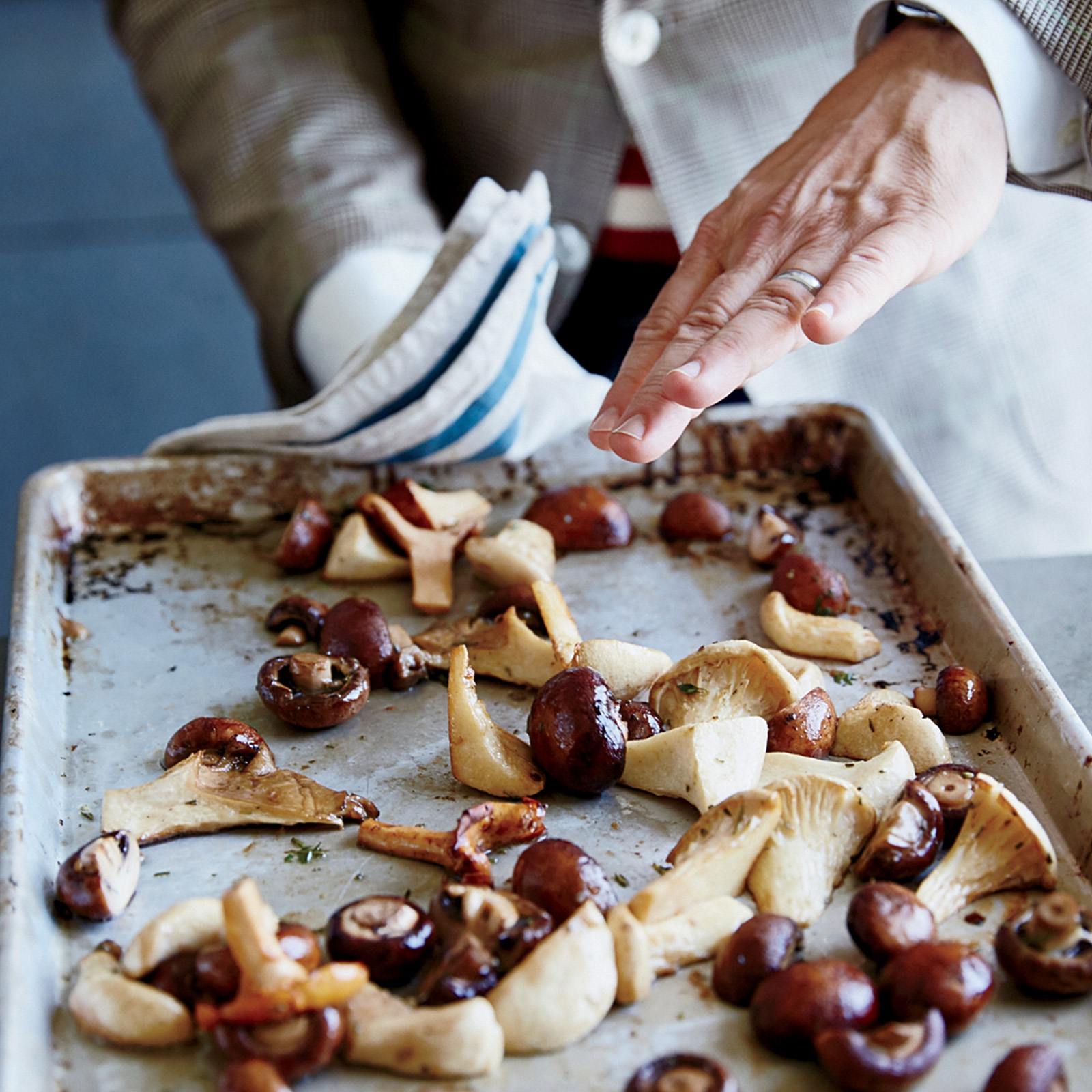 Roasted Mushrooms with Red Wine Butter