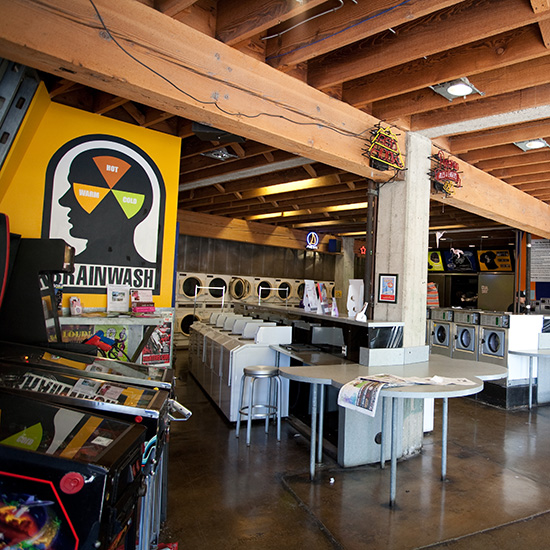 Quirky Coffee Shops: Brainwash Café