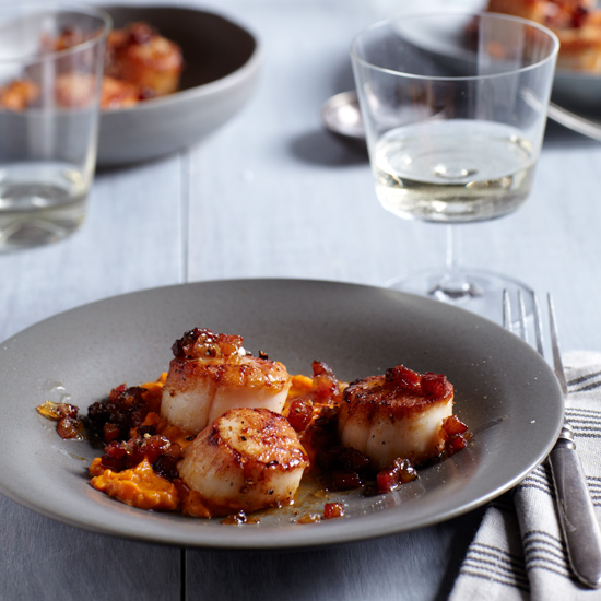 Seared Scallops with Bacon Marmalade