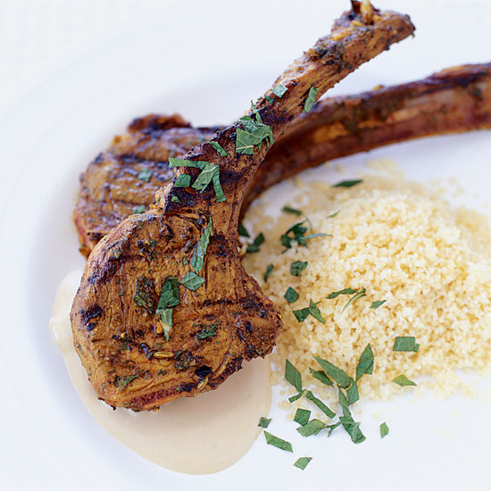 Lamb Chops with Spicy Thai Peanut Sauce