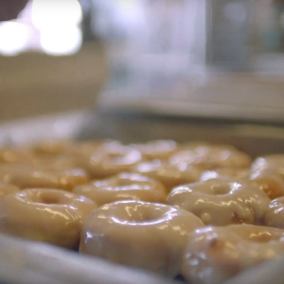 justin-timberlake-cant-stop-the-feeling-doughnuts-XL-BLOG0516.jpg