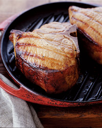 200411-r-maple-pork-chops1.jpg