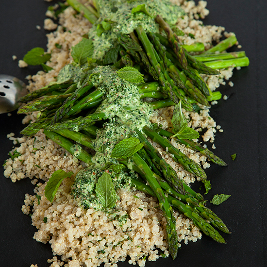 HD-201401-r-herbed-quinoa-and-roasted-asparagus-with-a-kale-pesto-sauce.jpg