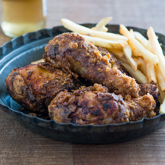 HD-201404-r-smoky-fried-chicken.jpg