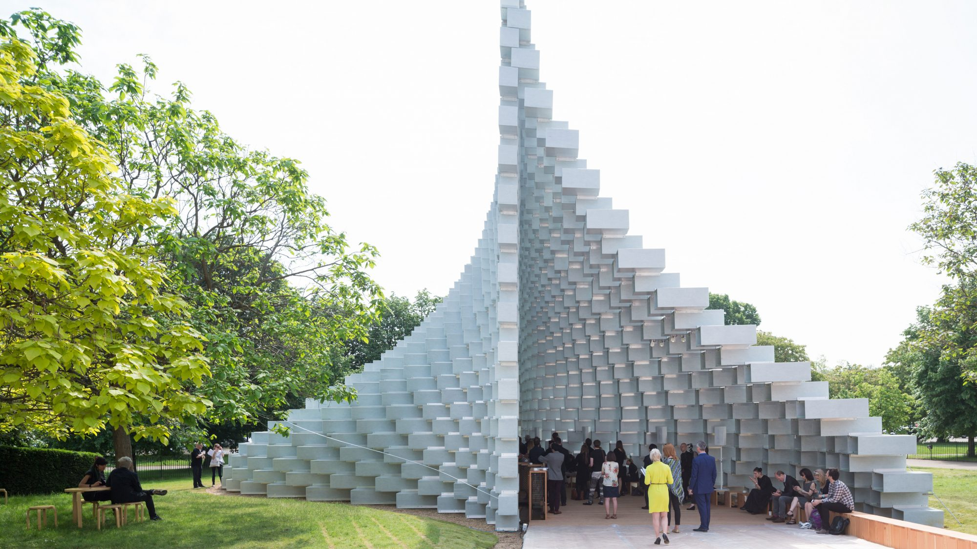 serpentine-summer-pavilion-1-FT-BLOG0716.jpg