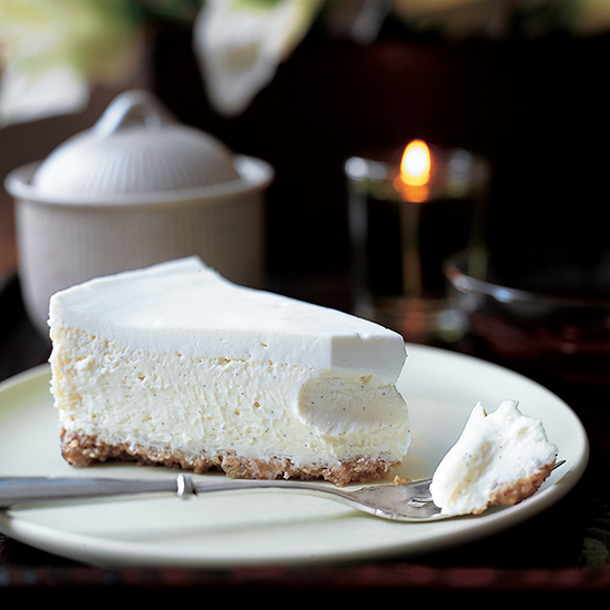 Vanilla Bean Cheesecake with Walnut Crust