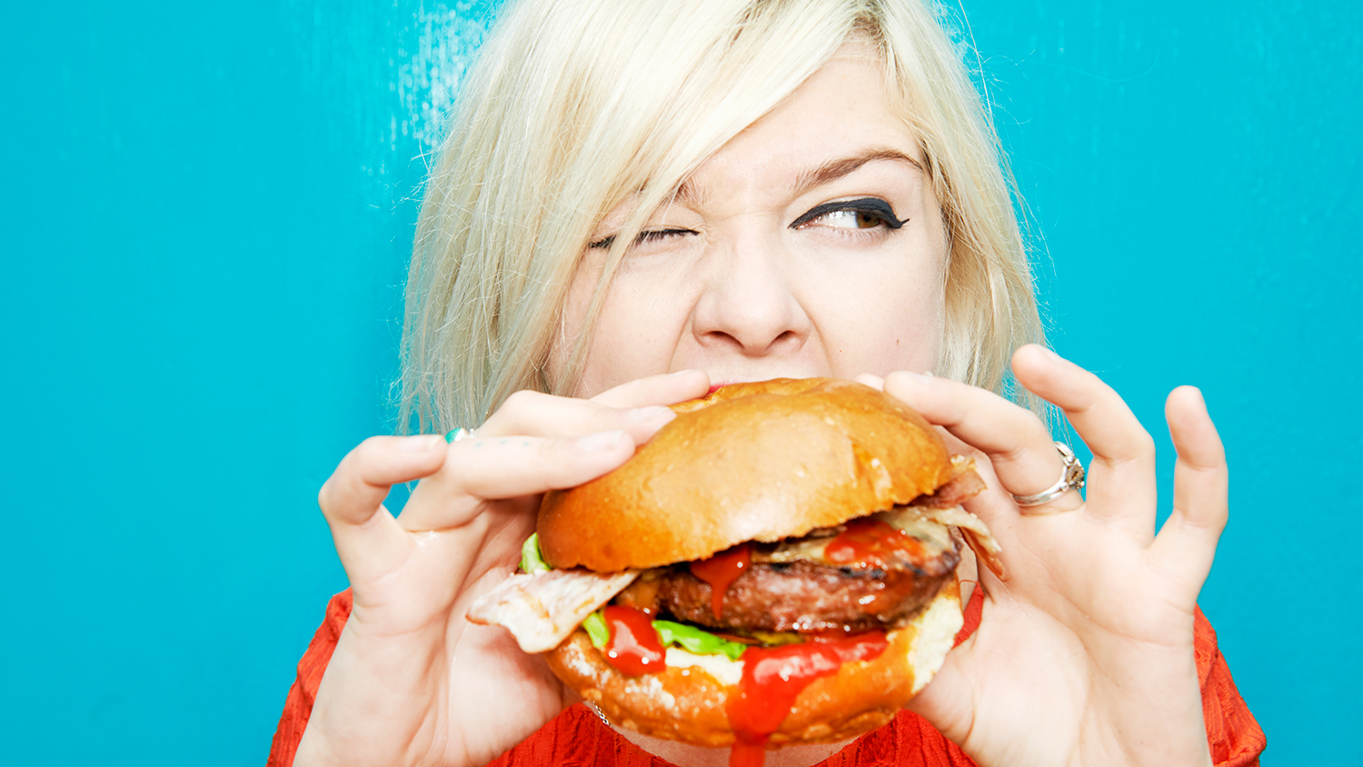 how you hold what you eat burger