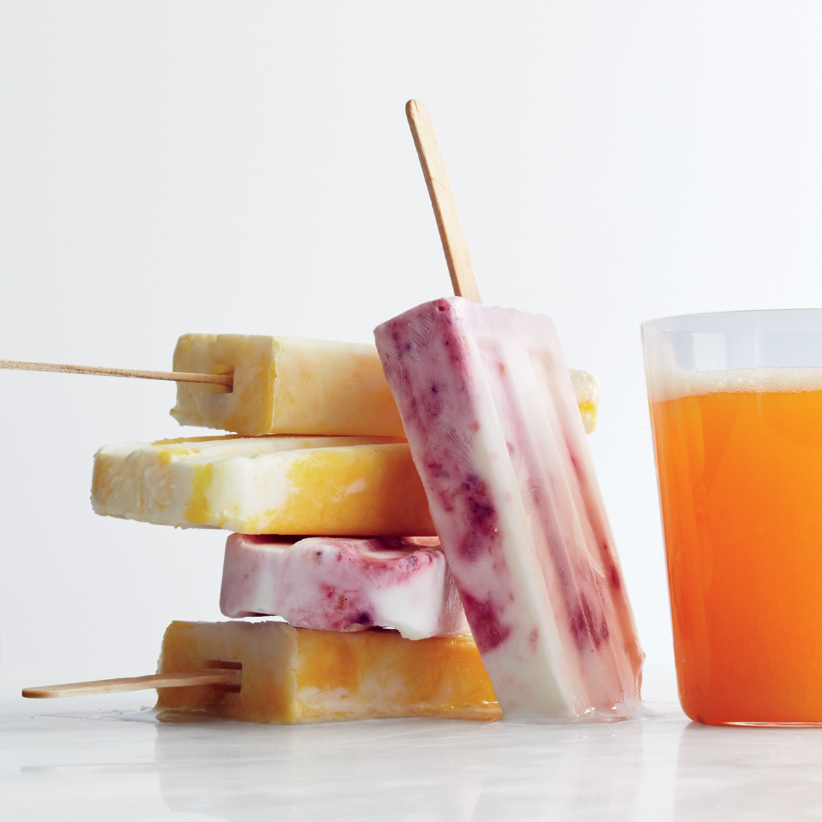 Marbled Smoothie Pops