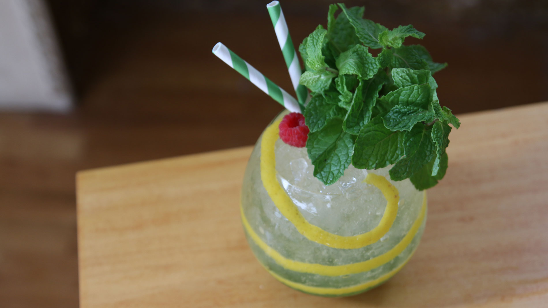 Champagne and Gin Julep