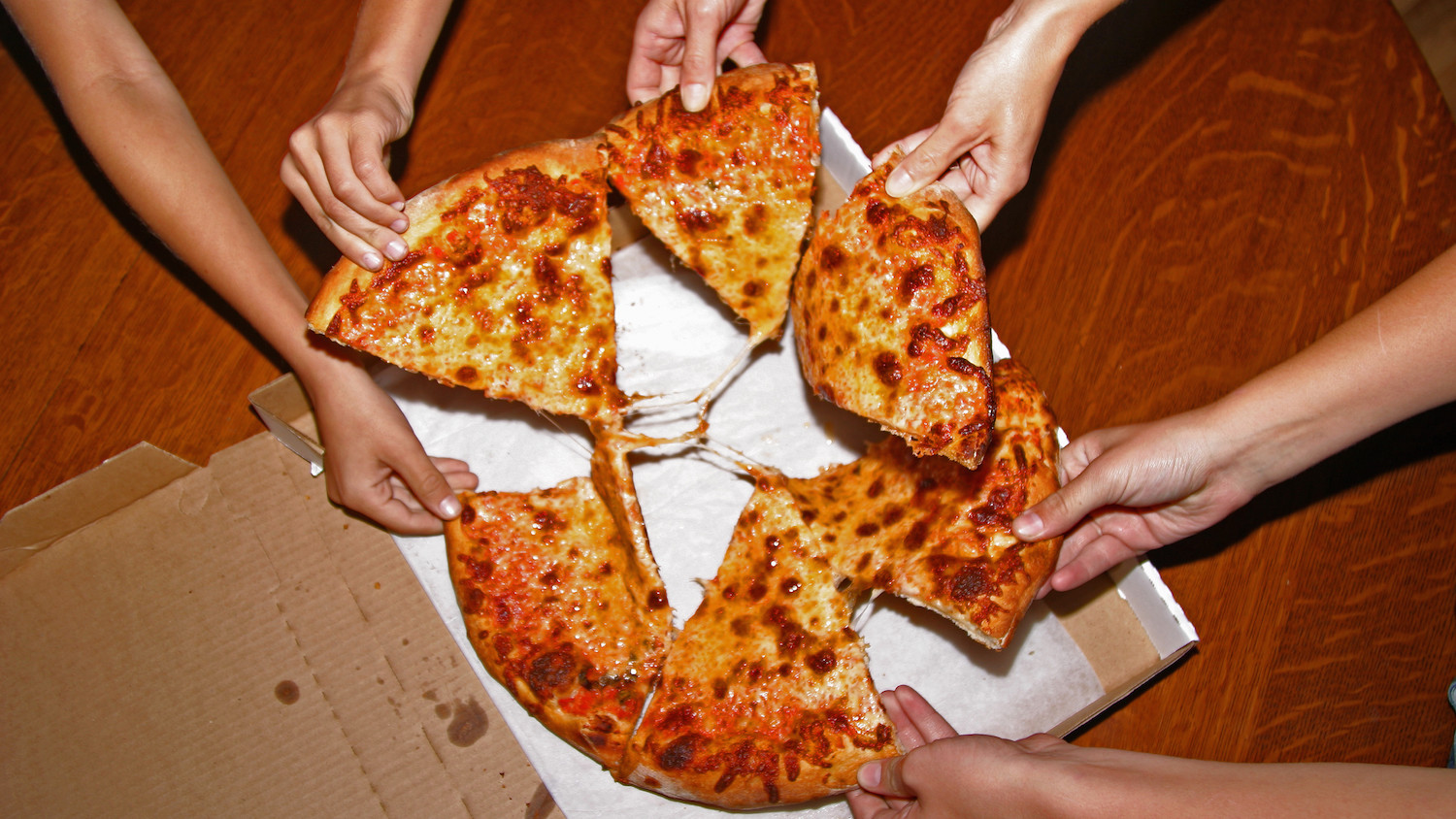 Man catches hypothermia over pizza coupon