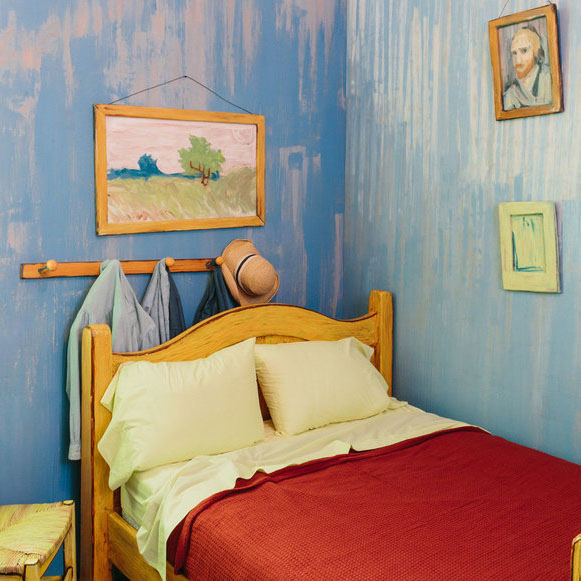VAN GOGH BED CHICAGO AIRBNB0216_0