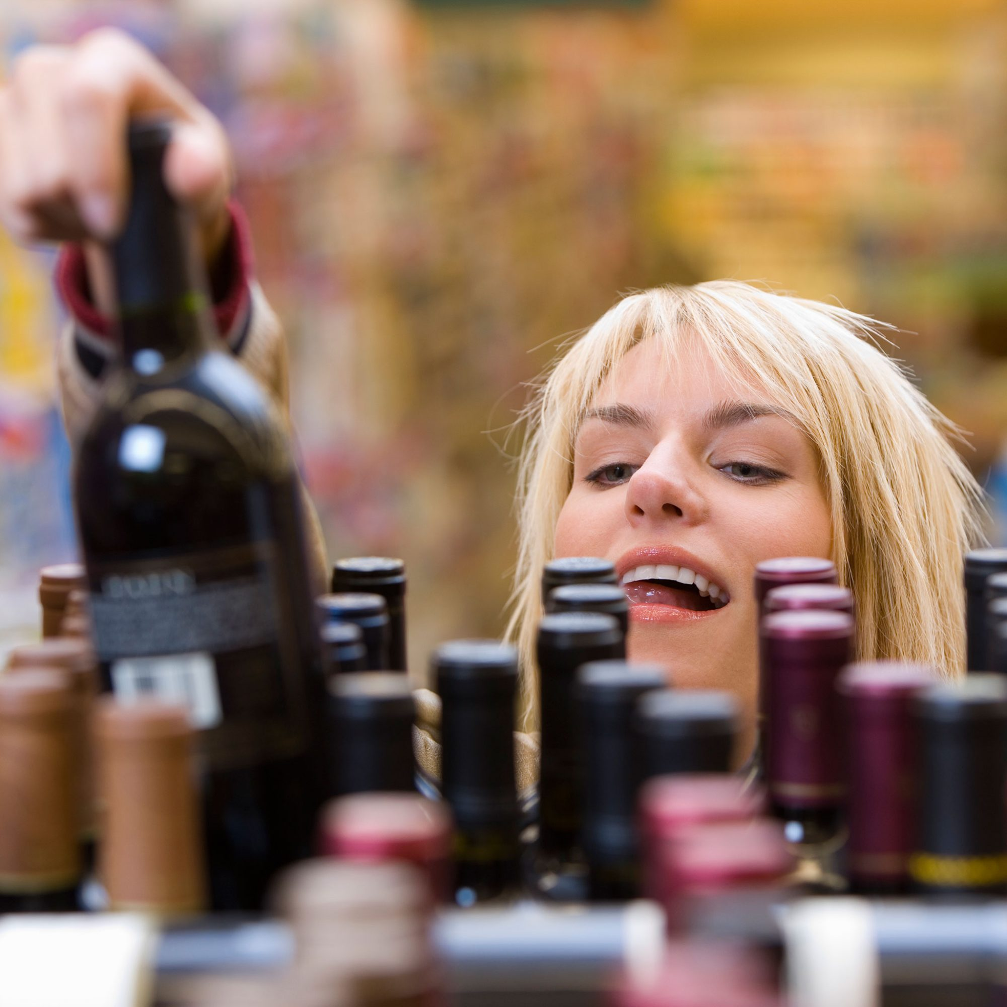 cheapest-time-to-buy-wine-fwx