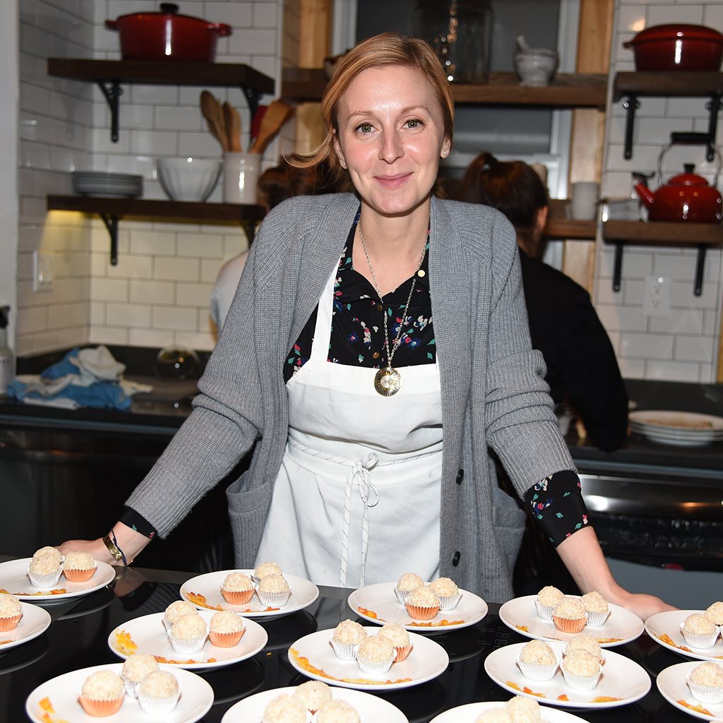 CHRISTINA TOSI GUIDE EVENT FWX