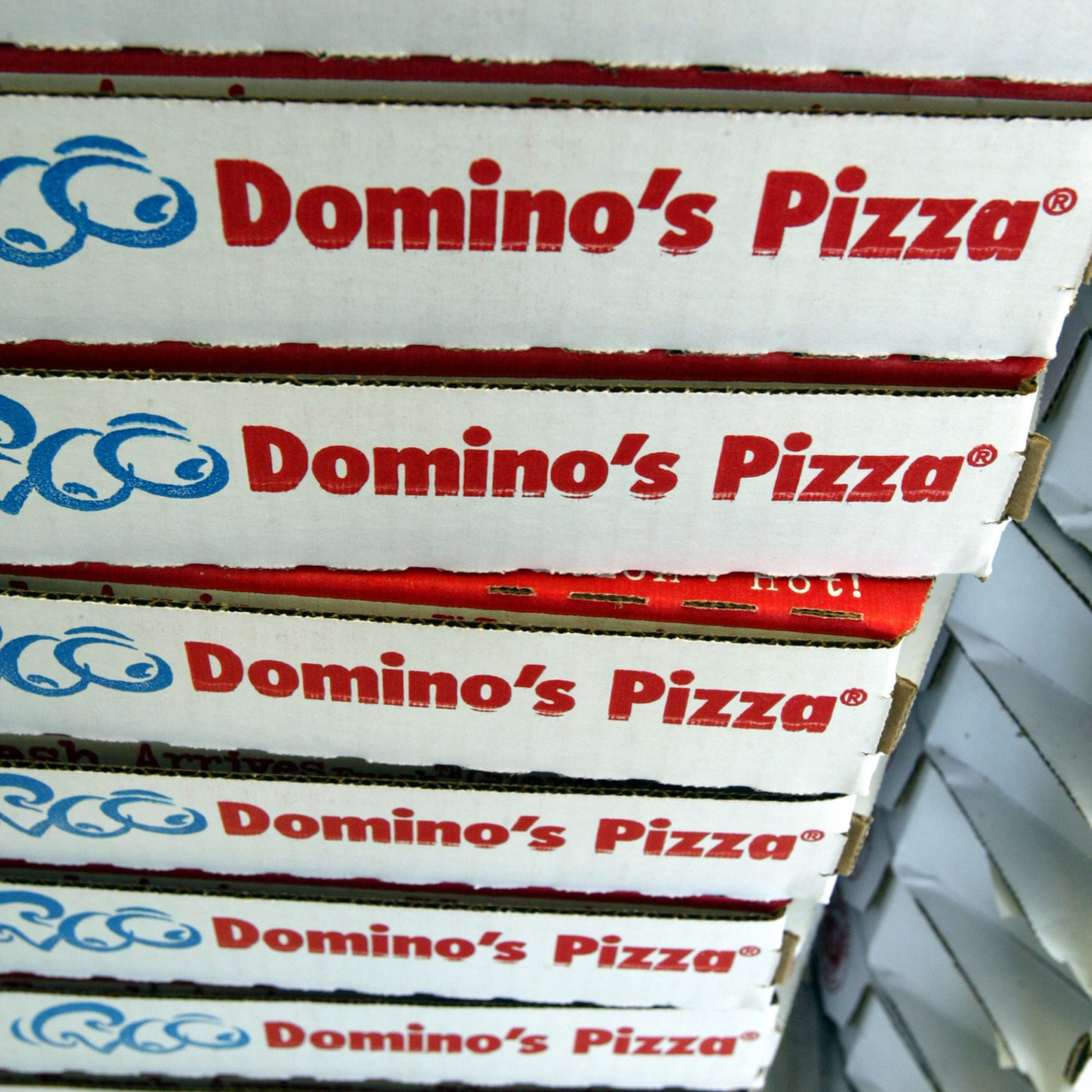 dominos-tracking-people-with-gps-fwx